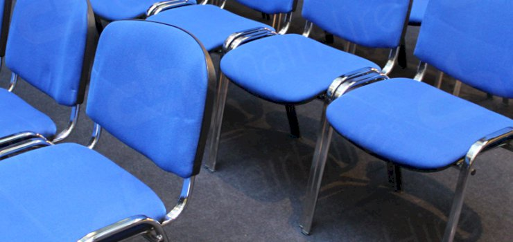 https://chairhire.co.uk/Blue Conference Chair