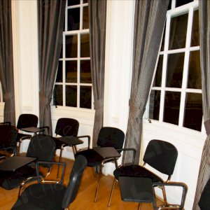 Lecture chairs to suit all venues. Thousands available.