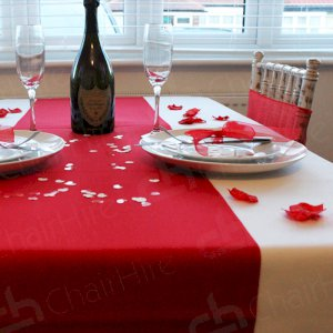 A perfect Valentine dinner date with Chair Hire