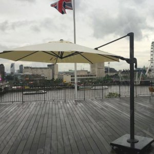 Our Cantilever Parasol is the perfect addition to any outdoor event.