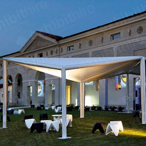The Tetra Pergola is the perfect solution for outdoor events.