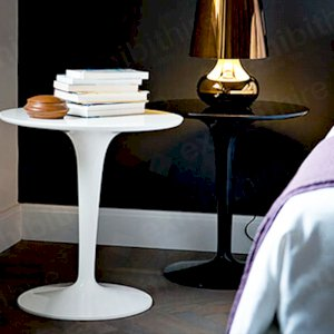 The Tip Top Table can be hired in black, white or clear and makes a stunning side table at an exhibition or event.