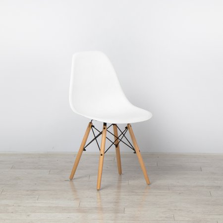 https://www.exhibithire.co.uk/Esme Chair White