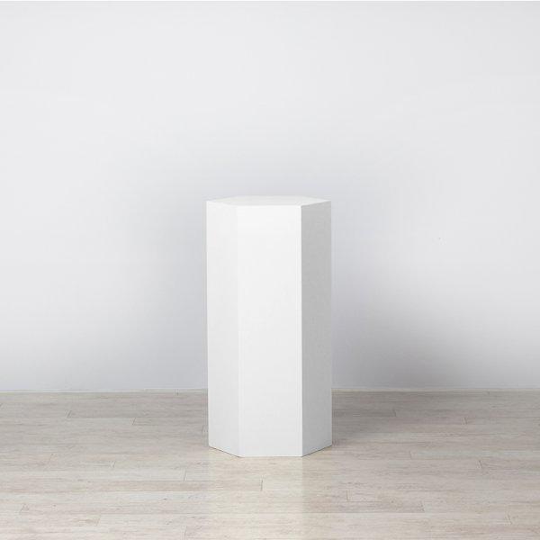 Plinth White Polygon 400 x 450 x 900