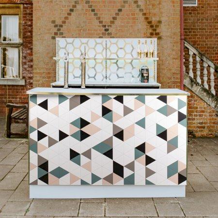 Triangle Geometric Bar - 2m Unit